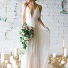 A-Line/Princess Chiffon Sleeveless Ruffles Spaghetti Straps Sweep/Brush Train Wedding Dresses