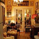 Randal's Regal Rooms