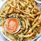 Killer Garlic Fries (Air Fryer or Oven Baked) | foodiecrush.com