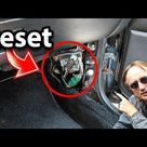 How To Reset Your Car S Computer Old School Scotty Kilmer Youtube Car Fix Car Repair Diy Car Mods