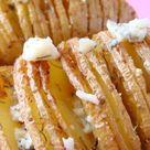 Patatas hasselback al horno con queso   Receta de Tasty details