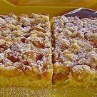 Mirabellenkuchen vom Blech mit Quark-Rahm-Guss und Zimtstreuseln von sweet-maja | Chefkoch