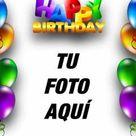 Tarjeta de cumpleaños con borde de globos de colores y texto de HAPPY