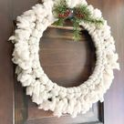 How to Make a DIY Chunky Yarn Wreath the Easy Way