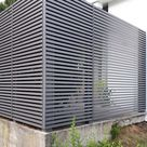 Zäune, Tore, Sichtschutz mit geraden Paneelen oder in geschlossener Bauweise