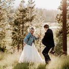 Cute Wedding Couple Photos   Outdoor Wedding Venues In Central Oregon