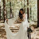 Boho Brautkleid mit weiten Ärmeln und Spitze