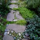 Garden Stepping Stones: 30 Beautiful Ways To Decorate Your Garden