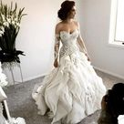 BEAUTIFUL WEDDING DRESS for Sale in Chicago, IL   OfferUp