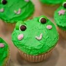 frog cupcakes close-up