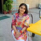 Pakistani Girl in nice Shalwar kameez