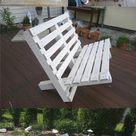 Paletten Gartenmöbel versprechen schlichte Eleganz und nachhaltigen Komfort für Hof oder Terrasse