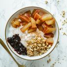 Schnelle und einfache Ahorn-Zimt-Joghurt-Bowl