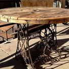 Wiederaufbau alter Möbel - die alte Nähmaschine als Vintage-Möbel