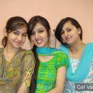 Pakistani Girls in Salwar Kameez