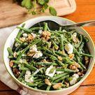 Salade de haricots verts à la feta, menthe et noix - 6 idées de repas pour quand il fait très chaud