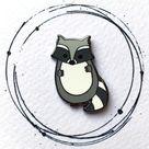 Raccoon Enamel Pin - Raccoon Pin Badge - Raccoon Pin - Raccoon Lapel Pin - Cute Raccoon - Woodland Animal Pin - Raccoon Gift - Enamel Pin
