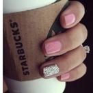 One Glitter Nails