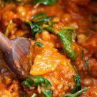 Süßkartoffel-Kichererbsen-Curry mit Spinat (30 Minuten!)