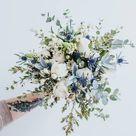 Trending Now: Make a Statement with a Monochrome Bouquet! | Green Wedding Shoes