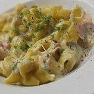 Tortellini in Schinken - Käse - Sahne - Sauce von Zauberfee026   Chefkoch