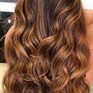 57 Cute Autumn Hair Colours and Hairstyles : Caramel Brown Highlights