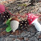 Autumn forest garland for guinea pigs or other small pets with natural pine cones! Unique guinea pig gift!