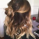 28 Cute Hairstyles for Medium Length Hair Right Now