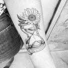 Tatuagem de relógio: significado e 50 fotos impressionantes