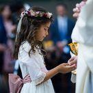 Coronas y tocados de flores para niñas   Flores en el Columpio
