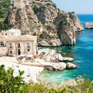 25 enchanting small towns to visit in Italy