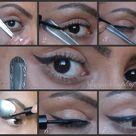 Eyeliner Spoon