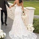 Klassisches fit-and-flare Brautkleid mit Perlen-Spitze - Stella York Wedding Dresses