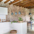 La rénovation d'une maison catalane aux murs de pierres et à la décoration contemporaine - PLANETE DECO a homes world