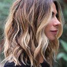 10 Trendy Everyday Shoulder Length Hairstyles - Wome Medium Haircut 2021