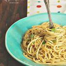 Spaghetti Aglio e Olio - Sandra's Easy Cooking