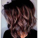30 Fall Medium Length Hairstyles Ideas   Popular for 2021   xfitculture.com