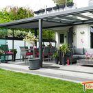 Sommergarten aus Aluminium mit 8mm Verbundsicherheitsglas, Unterdachmarkise und milchigen Seitenwänden in Anthrazit   Schweng GmbH