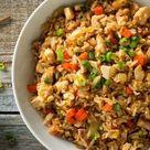 Gebratener Reis mit Putenbrust, Ei und Gemüse