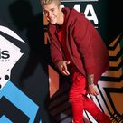 Exactly What It Feels Like To Be In Love, According to Justin Bieber