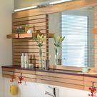Badezimmer renovieren: Spiegelwand aus Holz