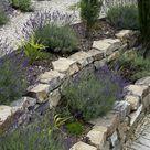 Von der Terrasse in den Garten: So gelingt ein schöner Übergang