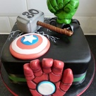 1000 Ideas About Superhero Cake Pops On Pinterest
