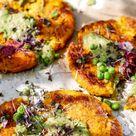 Die allerbesten veganen Puffer: Kürbis-Kartoffel-Puffer mit Erbsen-Auberginencreme - Justine kept calm & went vegan