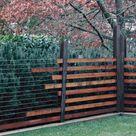 Machen Sie Ihren Gartenzaun aus Holz wetterfest– Pflegetipps