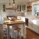 25+ Kücheninsel Ideen mit Sitzgelegenheiten & Aufbewahrung - - #Badezimmerart #Badezimmerorga...