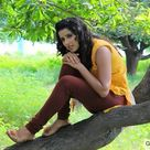 Hot indian girl in leggings