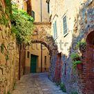 Italy Siena San Quirico Dorcia July: Foto de stock (editar ahora) 1359603398