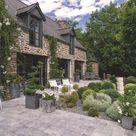 Maison bretonne en pierre rénovée et son jardin