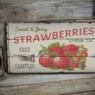 Free Samples Sign, Juicy Strawberries, Strawberry Sale Sign, Berry Sign, Wood Sales Decor, Wood Lodge Decor - Wooden Old Signs Decor